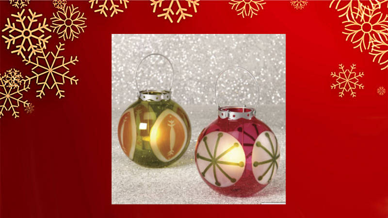 Ponle luz novedosa a tu Navidad con ¡bolas navideñas iluminadas!