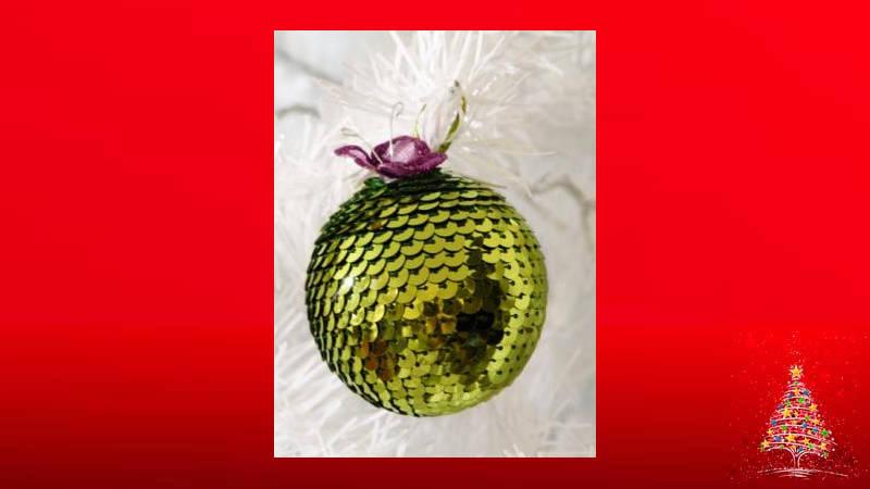 Haz una brillante bola de Navidad con lentejuelas