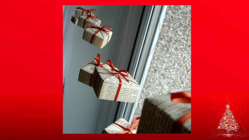 Haz una guirnalda navideña con cajas de regalo