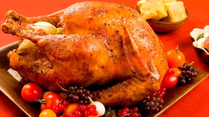 platos típicos Navidad - Cena Acción de Gracias- Pollo relleno al horno